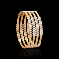 These pacheli gold bangles collection will take you to the vintage world. Get that traditional look & flaunt these ethnic bangles from Zar Jewels for any occasion. Gold Bangles Design, Gold Jewellery Design, Gold Jewelry, Crystal Jewelry, Mens Diamond Bracelet, Diamond Bangle, Gravure Metal, Engagement Mehndi Designs, Jewelry Patterns