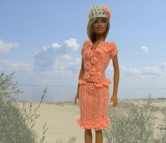 Handmade crocheted clothes for fashion dolls Barbie and Blythe, crocheted flower appliques: Handmade Barbie clothes - something for Your doll!