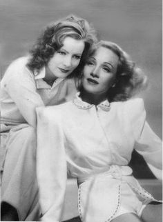 Vintage Screen Queens, Greta Garbot and Marlene Dietrich Old Hollywood Movies, Hollywood Cinema, Hollywood Icons, Hollywood Actor, Golden Age Of Hollywood, Vintage Hollywood, Hollywood Stars, Hollywood Actresses, Classic Hollywood