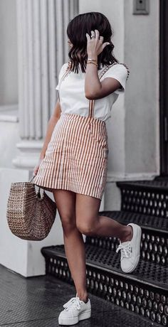 casual style obsession / stripped skirt + white top + bag + sneakers
