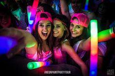 Resultado de imagem para neon party