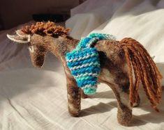 Christmas Donkey, Christmas Gifts, Christmas Decorations, Safari Animals, Felt Animals, Safari Jeep, Natural Toys, Waldorf Toys, Wet Felting