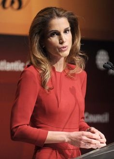 La reina Rania de Jordania recibió un premio por su labor humanitaria en los 'Global Citizien Awards'