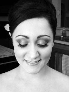 Airbrushing Bridal Makeup