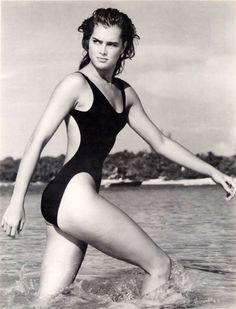 Brooke Shields http://www.imdb.com/name/nm0000222/?ref_=fn_al_nm_5
