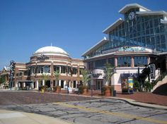 Easton Town Center in Columbus. Great stores and restaurants and bars. I used to work at the Max & Erma's on the inside part of the mall.