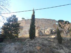 Lienzo de muralla en la parte inferior de Atienza