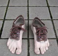 Funny but kinda creepy as well!!!! Bizarre Shoes | Golberz.Com
