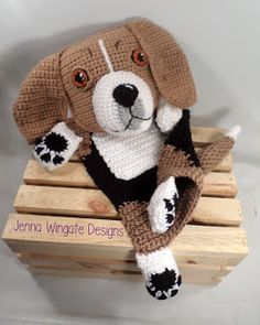Jenna Wingate Designs, Home of the Blankie Buddy. Dogs, Cats, Zoo, Forest, and Farm, knitting and crochet projects, Patterns for sale, free patterns.