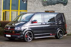 New Unregistered Highline DSG Kombis and New Unregistered Amarok Highline Auto Pickups from physical stock in a choice of colours, ready to go. Vw Transporter Camper, Vw T5, Vw Camper, Nissan Elgrand, Vw Caravelle, Gmc Vans, Van Wrap, Cool Vans, Cute Cars