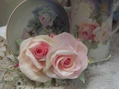 (PRC3) Victorian Paper Rose Clip Lamp Decor Chic n Shabby