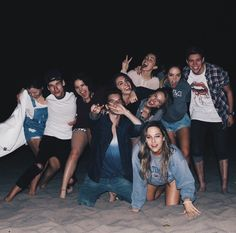 Squad goals discovered by raquel on We Heart It Squad Pictures, Squad Photos, Bff Pictures, Friendship Pictures, Funny Friendship, Friendship Quotes, Photos Bff, Best Friend Pictures, Boy And Girl Best Friends