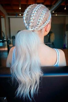 If you want to give your tresses a new look, there are literally dozens of long hairstyles from which to choose. And the best part about today's trends is that there are so many pretty and bold ideas for the color. The sky's the limit when it comes to sassy and sexy styles for long hair!