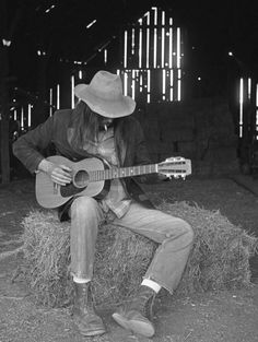 Neil Young. 1971 fucking love Neil