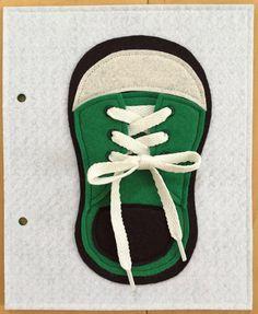 Zapato encaje empate tranquilo libro página por KicksAndGrins