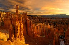 Bryce Canyon National Park is a National Park in Bryce Canyon. Plan your road trip to Bryce Canyon National Park in UT with Roadtrippers. Places Around The World, Oh The Places You'll Go, Places To Travel, Places To Visit, Bryce Canyon Utah, Grand Canyon, Zion Canyon, Lake Powell, Parc National