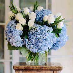 Ideas For Diy Wedding Bouquet Fake Flowers Blue Beautiful Blue Wedding Flowers, Wedding Bouquets, Beautiful Flowers, Wedding Blue, Beautiful Life, Spring Wedding, Beautiful Pictures, Wedding Dresses, Deco Floral