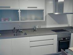 Resultado de imagen de cocinas blancas y grises