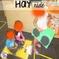Hay ride at the Pumpkin Patch Dramatic Play: How to set it up in your preschool, pre-k, tk, and kindergarten classroom Dramatic Play Themes, Dramatic Play Centers, Creative Teaching, Student Teaching, Teaching Ideas, Play Centre, Farm Theme, Art Lessons Elementary, Little Learners