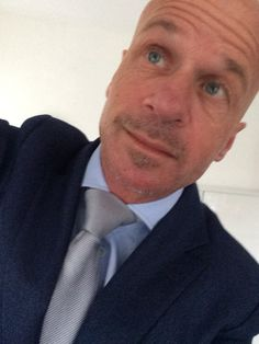 Artu Napoli travel jacket S/S 2015  Ice blue shirt ( Artu Napoli)  Tie ( Migliore)