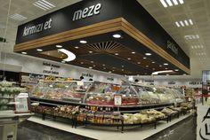 Supermarkets design Muy ordenado y iluminado, parece el Carrefour