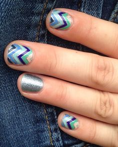 Jamberry Everything Nice with accent nail of Jamberry Diamond Dust