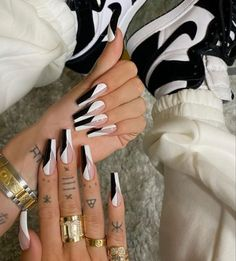 Nails Now, Aycrlic Nails, Swag Nails, Bling Acrylic Nails, Best Acrylic Nails, Edgy Nails, Stylish Nails, Nail Design Glitter, Glow Nails