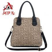 2012 AYどこ冬新北京青年唐ジャオ同じ段落ヒョウハンドバッグ2012新しい冬のハンドバッグ