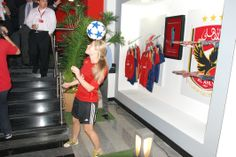 Female football freestyler for events Get your brand out there!! www.streets-united.com