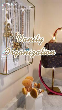 Small Closet Organization, Vanity Organization, Room Ideas Bedroom, Bedroom Decor, Diy Drawer Organizer, Indian Room, Nail Room, Cool Gadgets To Buy, Vintage Vanity