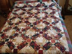 Queen Bed  Mystery Quilt. $475.00, via Etsy.