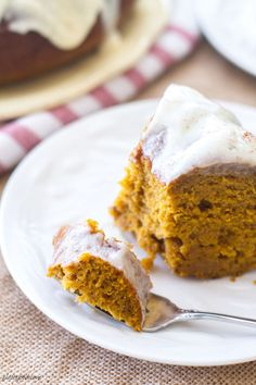 Cream Cheese-Glazed Pumpkin Bundt Cake | Community Post: 14 Scrumptious Fall Recipes That Use Exactly One Can Of Pumpkin