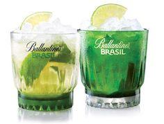 APROAPE DE PRIETENI: Cu Ballantine s Brasil până-n Scoția Ești pregătit...