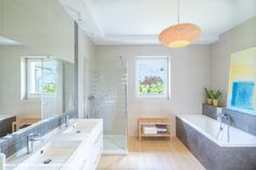 Magiczne wnętrza Domu pod morwą ⭐   #lazienka #jasnalazienka #bathroom #homestyling #homedetails Alcove, Bathtub, Bathroom, Standing Bath, Washroom, Bathtubs, Bath Tube, Full Bath, Bath