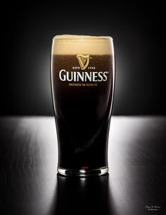 Guinness Pies, Guinness Cupcakes, Guinness Beef Stew, Guinness Cake, Alec Guinness, Guiness Beer, Daphne Guinness, Root Beer, Wine
