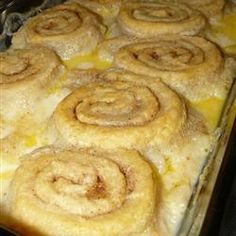 Grandmother's Old Fashioned Butter Roll Recipe ~ If you like butter, you'll love these simple but delicious butter rolls. They're baked in a sweet milk sauce. Would sub my brioche dough, but want to try baking in the milky sauce. Butter Roll Dessert Recipe, Sweet Butter Rolls Recipe, Old Fashioned Butter Roll Recipe, Bread Recipes, Cooking Recipes, Amish Recipes, Yummy Recipes, Breakfast Recipes, Dessert Recipes