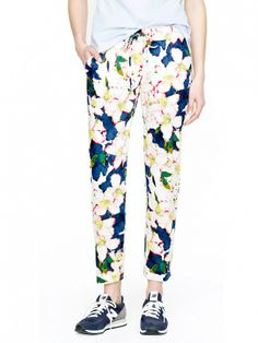 How perfect for summer are these? // J. Crew Drawstring Pants in Cove Floral