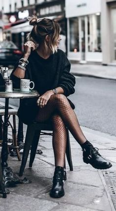 All Black Outfits For Women, Black And White Outfit, Clothes For Women, All Black Outfit Casual, Simple Black Outfits, Black Boots Outfit, Black Clothes, Clothes Sale, Biker Boots Outfit