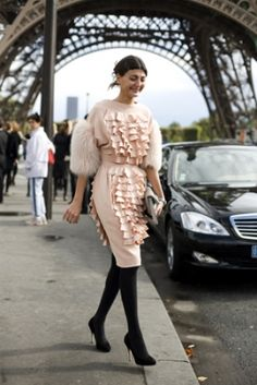 Giovanna Battaglia...perfect background.