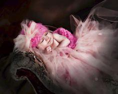 . Big Dresses, Fairy Princesses, Pretty In Pink, Beautiful Dresses, Little Girls, Girl Outfits, Pie, Feminine, Craft Ideas