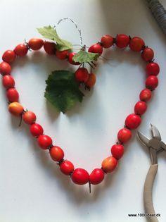 Krans af bær eller andet naturmateriale