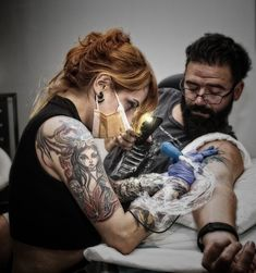 TattooArtist  Diana Velásquez #corvuxtattoostudio #tattoo #tattooartist #tatuadora #tattooer #tat #color #art #arte