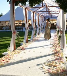 Aisle marquee with minimal coverage