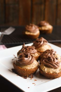 Chocolate Chip Cookie Peanut Butter Cheesecake Cups- simple to make and even better to nosh! #cookies #peanutbutter #cheesecake | JellibeanJournals.com