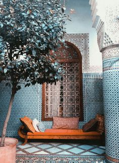 What IS a riad? Explaining the indoor/outdoor mix of the Moroccan courtyard (photoshoot in an abandoned Marrakech riad) Moroccan Design, Moroccan Decor, Moroccan Style, Moroccan Bedroom, Moroccan Lanterns, Moroccan Blue, Moroccan Rugs, Moroccan Tiles Kitchen, Moroccan Wallpaper