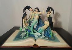 Mermaid cake: this is ridiculously cool
