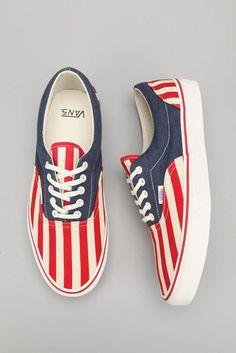 Americana shoes from Vans Vans Azul, Cute Shoes, Me Too Shoes, Awesome Shoes, Flipflops, Estilo Rock, Vans Off The Wall, Pumps, Jack Rogers