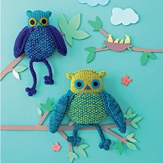 Tricoter des chouettes en doudou - knitted owls for kids Knitted Owl, Knit Crochet, Diy Laine, Owl Kids, Tweety, Dinosaur Stuffed Animal, Creations, Embroidery, Dolls