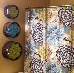 Clever way to store towels.