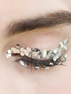Make-up at Chanel Fall 2013 #glitter #partymakeup